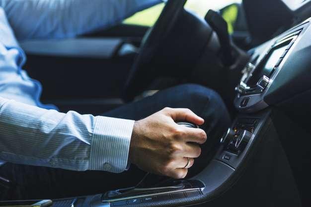 Układ napędowy samochodu – rodzaje i zasady działania